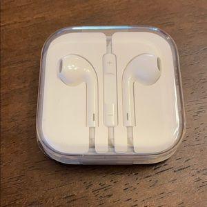 Apple EarPods